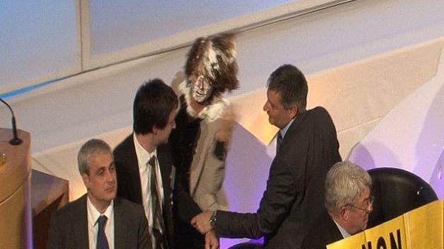 Video-presidenta-Navarra-Yolanda-Barcina_TINVID20111027_0018_3
